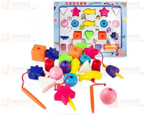 Navlékání kostiček - vzdělávací hračka