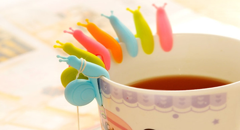 Držáček na čajový sáček ve tvaru šneka