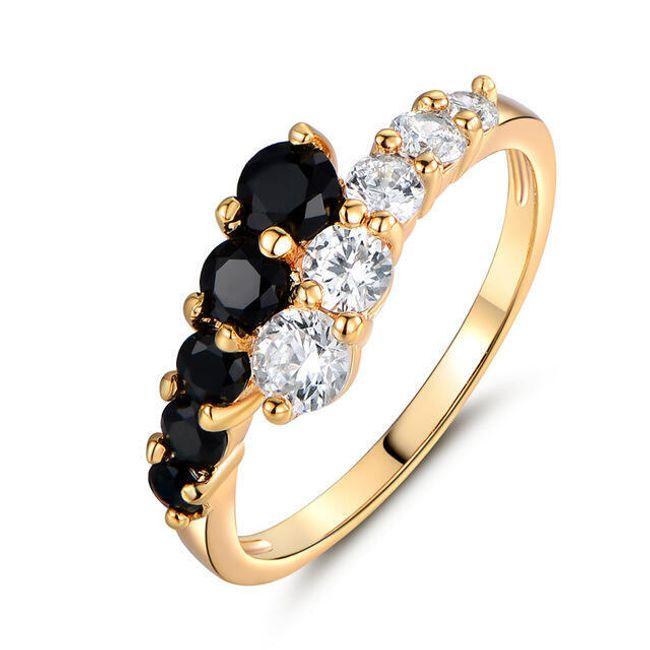 Dámský prsten s černými a čirými kamínky 1