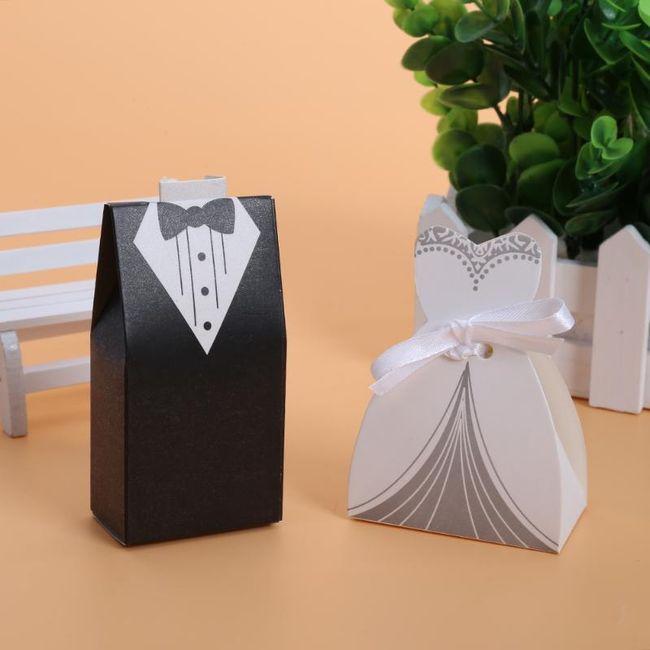100 boxíků na svatební cukroví 1