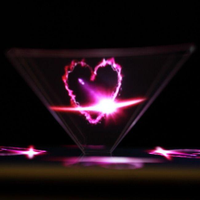3D pyramida pro zobrazení hologramu 1