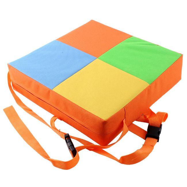 Vysoký barevný podsedák pro malé děti 1