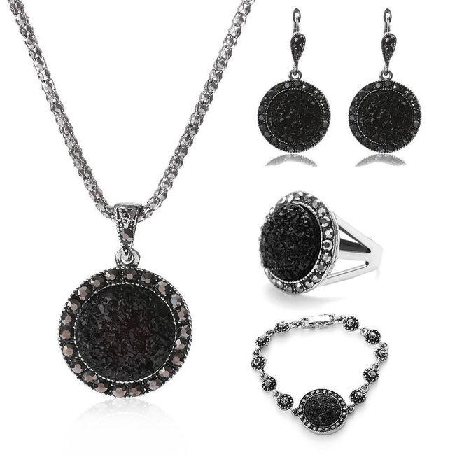 Sada dámských vintage šperků 1