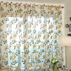 Hotová záclona- květinový vzor