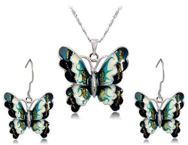 Set náhrdelníku a náušnic s motivem motýla 1