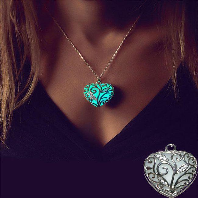 Svítící náhrdelník s přívěskem v podobě srdce 1