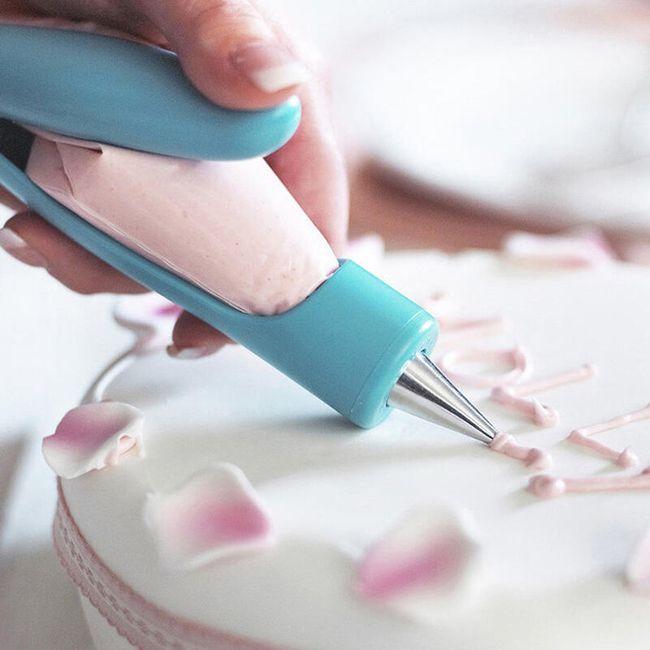 Zdobička na dorty + 4 nástavce 1