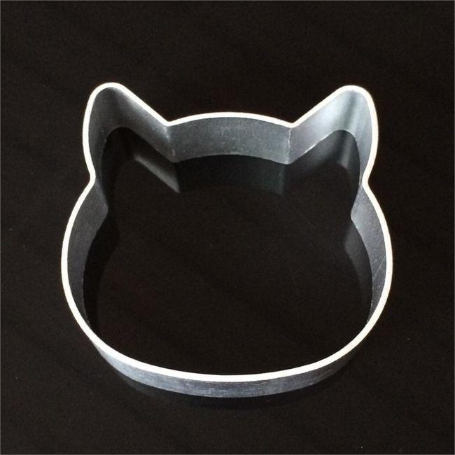 Vykrajovátko - kočičí hlava 1