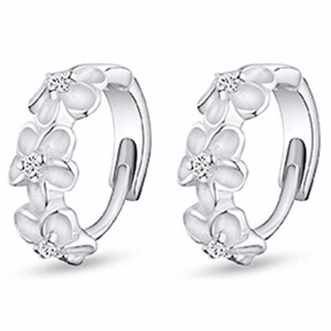 Náušnice - kroužky s květinami 1