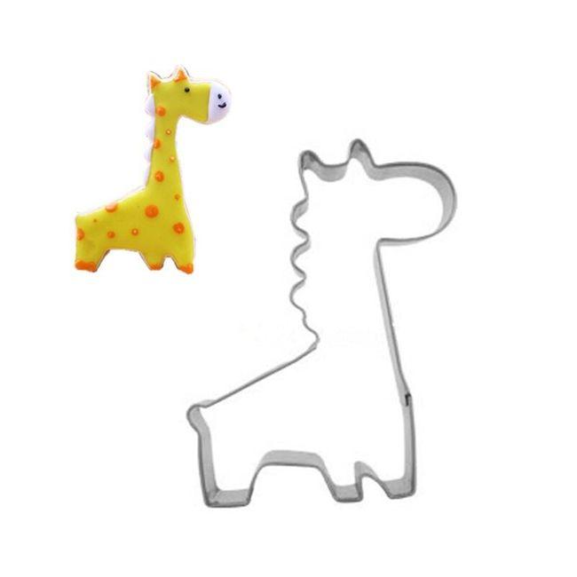 Kovové vykrajovátko žirafy 1