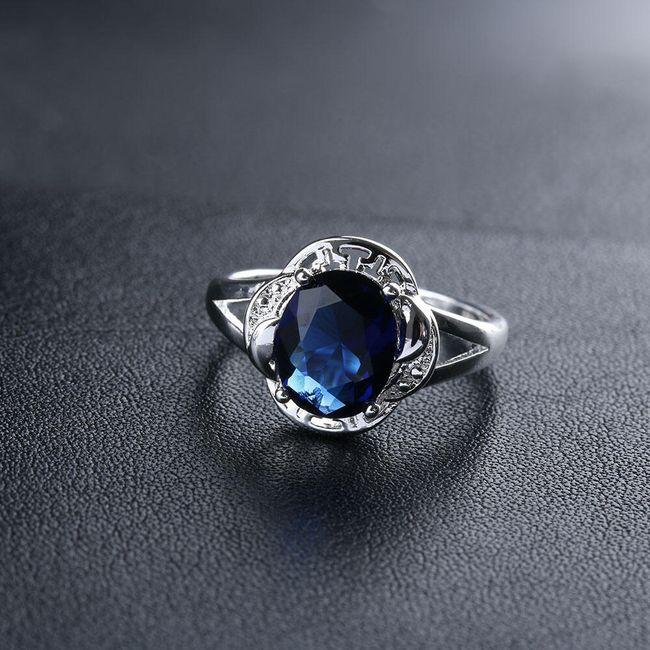 Prstýnek s modrým kamenem 1